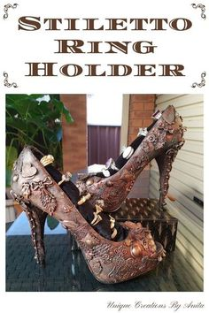 Do you have any high heel shoes laying around the bottom of your cupboard you no longer wear.  Why not recycled them into this unique ring holder.  This is a great way to decorate that boring pair of shoes you love.  They will go from drab to fab. These shoes were given a mixed media makeover based around a steampunk theme. How cool would your rings look displayed in these beauties.  A step by step tutorial available on my blog. Steampunk Theme, Steampunk Gears, Walking In High Heels, Lucky Ladies, Your Shoes, Boho Fashion, Fashion Ideas, Black Shoes, Thrifting
