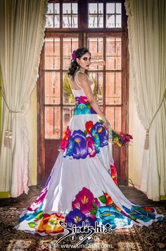 Mexican Fashion, Mexican Outfit, Mexican Dresses, Cute Formal Dresses, Pretty Dresses, Wedding Dress Patterns, Wedding Dresses, Charro Wedding, Silk Dress Design