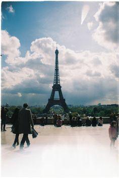 Paris - Tour de Eiffel /analog Lomography, Paris Skyline, Tower, Building, Blog, Travel, Rook, Viajes, Computer Case