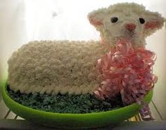 Easter Lamb Cake Recipe How to Make Lamb Cake From Scratch including Frosting Appleton Fox Cities Wisconsin WI Wis gluten free Chocolate Curls, Chocolate Frosting, Holiday Desserts, Holiday Fun, Black Sheep Of The Family, Lamb Cake, Easter Lamb, Easter Chocolate, Looks Yummy