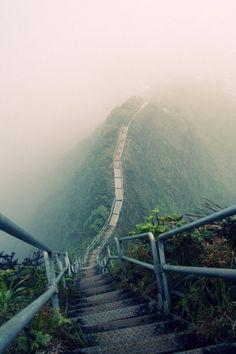 Haiku Stairs (Stairway to Heaven) Valley of Haiku near Kaneohe on the island Oahu, HI.... Beautiful.. but NOOOOO Way will I do it.