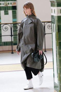 Lemaire Spring/Summer 2017 Ready-To-Wear | British Vogue