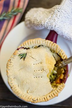Fully-loaded vegetable pot pie that is Vegan and Gluten Free?! This is perfect for a cozy fall night!