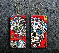 Sugar skulls polymer clay earrings par adrianaallenllc sur Etsy