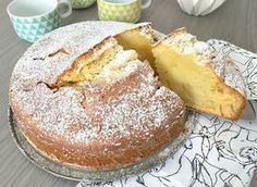 "The ""Cake Glass of Milk"" is a scrumptious cake, sensible and economical. Quite simple to make, it seems like his cousin the yogurt cake as a result of in c Sweet Recipes, Cake Recipes, Dessert Recipes, Yogurt Cake, Food Cakes, Easy Desserts, Love Food, Food Porn, Food And Drink"