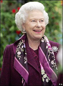 Queen Elizabeth II,  Last Updated: Thursday, 20 December 2007, 14:09 GMT   E-mail this to a friend  Queen Elizabeth II, The Queen attends the annual Chelsea Flower Show in 2006.