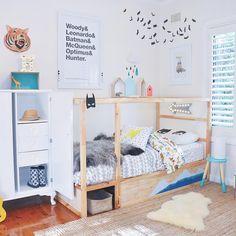 On the blog: 10 ways to style the IKEA Kura bed! Img via Tubukids #kidsdecor #kidsinteriors #ikeakura