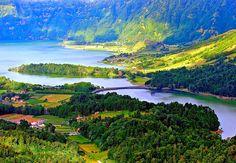 Açores - cidades - Pesquisa Google - Lagoa das Sete Cidades, São Miguel, Açores, Portugal