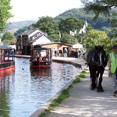 WALES: Llangollen Wharf - Horse drawn canal boat trips in a World Heritage Site, what a beautiful way to spend a lazy hour or two. Wonderful Places, Great Places, Beautiful Places, Places To Visit, Wales Tourism, Travel Tourism, Wales Holiday, Welsh Castles, Snowdonia