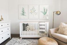 minimaliste chambre de bébé
