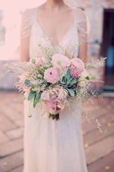 pale pink bouquet - photo by Joyeuse Photography http://ruffledblog.com/italian-villa-dinner-party-inspired-wedding