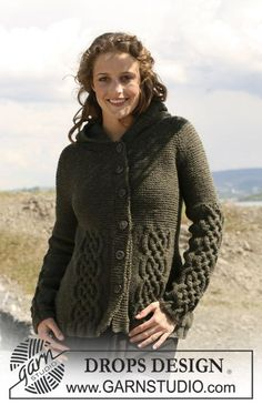 """Knitted DROPS jacket in """"Alaska"""" with cables, raglan sleeves and hood. Size S - XXXL. ~ DROPS Design"""