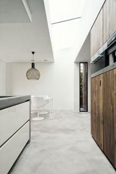 Dreessen Willemse Architecten | projecten Kitchen Interior, Dining Bench, Divider, Garage Doors, Inspireren, Outdoor Decor, Room, House, Furniture