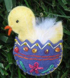Wool Felt: Easter Egg & Chick Pin