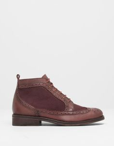 :PUNCHED LEATHER ANKLE BOOTS pull and bear