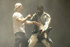 Kanye West Performs in Double Denim. Thousands of revelers watched in awe, as Kanye West delivered a mesmerizing headline performance at at the Glastonbury Glastonbury 2015, Glastonbury Music Festival, Kanye West Show, English Comedians, Festivals Around The World, Double Denim, Skinhead, Skin Tight, Good Music