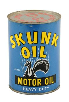 Bid online, view images and see past prices for Premier Automobilia & Petroliana Day Invaluable is the world's largest marketplace of items at auction, live and online! Vintage Oil Cans, Vintage Tins, Vintage Labels, Vintage Auto, Vintage Decor, Old Gas Stations, W Logos, O Gas, Vintage Packaging