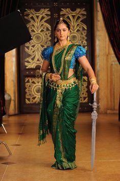 Anushka as devasena Beautiful Girl Indian, Most Beautiful Indian Actress, Beautiful Saree, Indian Photoshoot, Saree Photoshoot, Indian Fashion Dresses, Indian Outfits, Saris, Anushka Shetty Saree