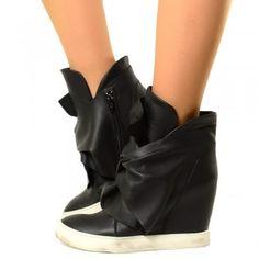 Stivaletti Invernali con Nodo, Cuciture Fatte a Mano e Zip Laterale. Ankle Boots alla Moda Made in Italy.