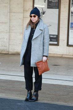 This structured grey coat is too cool // CV foldover spotted at fashion week!!