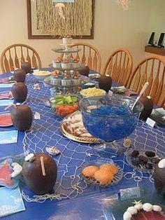 Fishing net across the table...like!