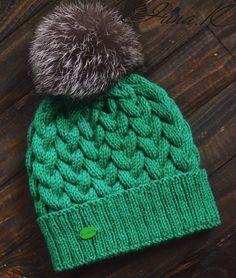 Mütze mit schönem Bommel