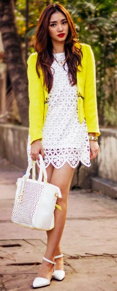 Today we have chosen several Trendy Spring Yellow Outfit Combinations that can get you inspired of how to wear yellow this spring. Look Fashion, Fashion Outfits, Womens Fashion, Fashion Beauty, Street Chic, Street Style, Stylish Outfits, Cute Outfits, Amazing Outfits