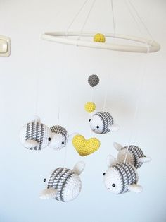 Items similar to Bumble Bee Baby Mobile, Nursery Mobile, White and Gray Nursery Decor, Crochet Bee Crib Mobile on Etsy Crochet Baby Mobiles, Crochet Mobile, Crochet Baby Toys, Baby Knitting, Bumble Bee Nursery, Mobiles For Kids, Mobile Kids, Crochet Bee, Kids Crochet