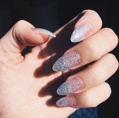 gel nail designs for winter glitter 2018 - Nail Art Almond Shape Nails, Almond Nails, Clear Glitter Nails, Glitter Nikes, Acrylic Nails Stiletto, Gel Nagel Design, Nail Polish, Nail Nail, Manicure Y Pedicure