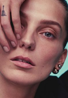 i-d magazine daria werbowy by alastair mckimm earring