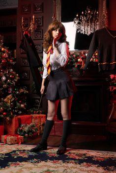 Cosplay Hermione Granger by Disharmonica on DeviantArt