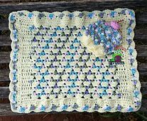 Ravelry: Cupcake Prop Blanket pattern by Lindsey Lively