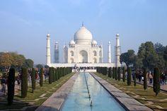 Taj Mahal bei schönem Wetter