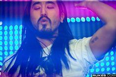 Steve Aoki- The Asian Jesus Music Love, My Music, Dj Steve Aoki, David Guetta, Avicii, Raves, House Music, My People, Beautiful Boys