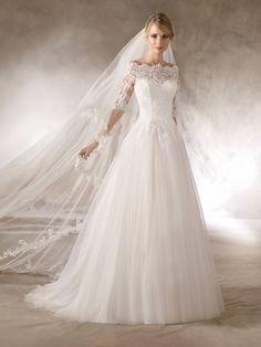 Vestido de Noiva de La sposa (haloke), corte princesa, decote ombro a ombro, longo, com mangas