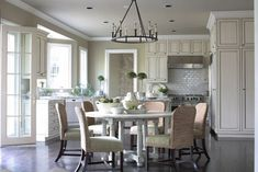 I love this one too....Design Chic: Things We Love: Eat-In Kitchens
