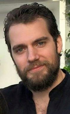 Not thrilled with the beard but he still looks yummy! Henry Cavill Beard, Henry Cavill Eyes, Top Hollywood Actors, Henry Caville, Henry Superman, Gentleman, Henry Williams, Brown Eyed Girls, Most Handsome Men