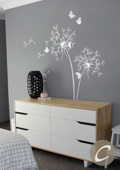 Pusteblume Wand Aufkleber mit Schmetterlingen große Kinderzimmer Wand Aufkleber Aufkleber Wand Dekor Wand Kunst abnehmbar Baum Wandtattoo Wand-Dekor-Kunst This wall decal with dandelions and the Nursery Wall Stickers, Wall Decor Stickers, Wall Art Decor, Room Decor, Wall Decals For Bedroom, Decals For Walls, Wall Painting Decor, Dandelion Wall Decal, Dandelion Nursery