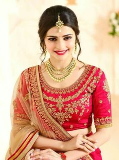 Full Sleeves Blouse Designs, Sari Blouse Designs, Saree Blouse Patterns, Indian Wedding Gowns, Indian Bridal, Wedding Dresses, Bridle Dress, Khadi Saree, India Fashion