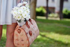 Eleonora Petrella for Loristella #Loristella #EleonoraPetrella #glamourbag #glamourcollection #summer #womanhandbag #heart #instacool #instapic #flowers