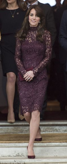 Kate Middleton in a purple lace Dolce & Gabbana dressPurple Lace dress Beautiful never worn purple knee high dress with lace cover and polyester linin Kate Middleton Stil, Estilo Kate Middleton, Purple Lace, Purple Dress, Birthday Outfit, Princesse Kate Middleton, Princesa Kate, Estilo Fashion, Prince William And Kate