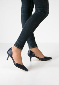 LK Bennett FLORINE - Classic heels - denim for £175.00 (15/03/16) with free delivery at Zalando