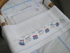 trenino_nome_bambino Bullion Embroidery, Baby Embroidery, Silk Ribbon Embroidery, Embroidery Designs, Baby Crib Sheets, Baby Cribs, Bobbin Lace, Baby Boy Outfits, Cross Stitching