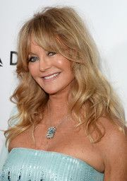Goldie Hawn Medium Wavy Cut with Bangs