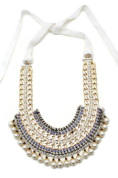 Akong Necklace http://toyastales.blogspot.com/2012/04/toyas-tales-straight-from-runwaymy.html