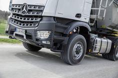 Мercedes вводит гидромоторы на передних колесах (+ВИДЕО)