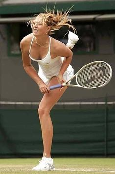 Wta Tennis, Lawn Tennis, Sport Tennis, Maria Sharapova Hot, Sharapova Tennis, Foto Sport, Maria Sarapova, Running Pictures, Tennis Players Female