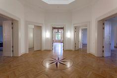 Bevor die Berlin Art Week eröffnet, lädt Schloss Biesdorf zur ersten…