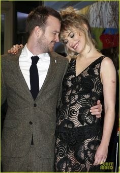 Aaron Paul & Imogen Poots: 'Long Way Down' Berlin Premiere!: Photo Aaron Paul is the handsome middle man while attending the premiere of his latest film A Long Way Down during the 2014 Berlinale International Film Festival held… Ravenclaw, Need For Speed Movie, Hogwarts, Imogen Poots, Aaron Paul, Famous Couples, Grunge Hair, International Film Festival, Breaking Bad