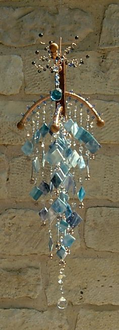 crystal wind chime ~ yard or window Crystal Wind Chimes, Glass Wind Chimes, Diy Wind Chimes, Mobiles, Stained Glass Art, Fused Glass, Los Dreamcatchers, Blowin' In The Wind, Wire Art